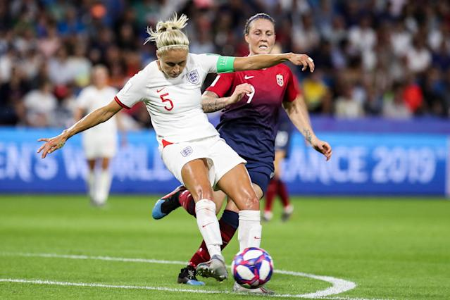 Steph Houghton of England competes for the ball during the 2019 FIFA Women's World Cup France Quarter Final match between Norway and England at Stade Oceane on June 27, 2019 in Le Havre, France. (Photo by Zhizhao Wu/Getty Images)