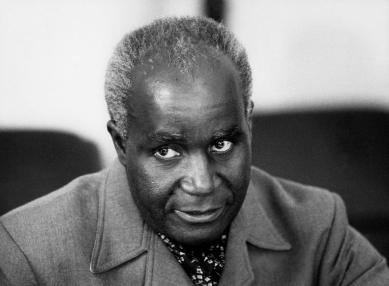 """Kenneth Kaunda """"died peacefully"""" at a military hospital where he had been receiving treatment since Monday"""