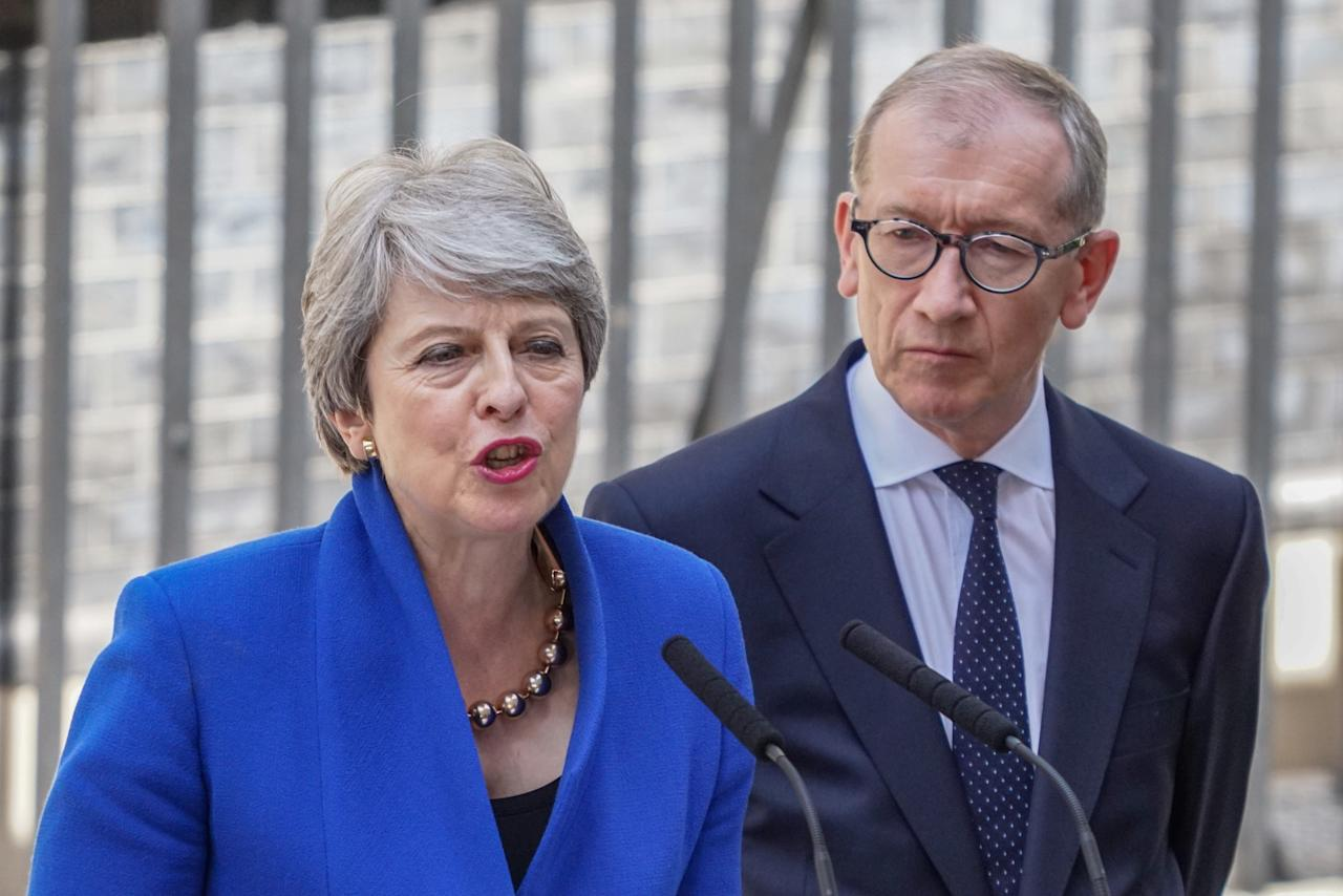 British Prime Minister Theresa May and her husband Philip May speaks to media outside Number 10 of Downing Street in London. (Photo by Yiannis Alexopoulos / SOPA Images/Sipa USA)