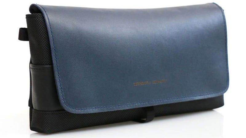 waterfield cityslicker switch carrying case in blue against a white background