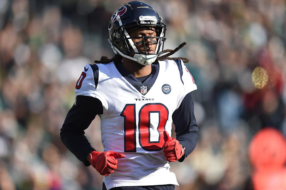 PHILADELPHIA, PA - DECEMBER 23: Houston Texans Wide Receiver DeAndre Hopkins (10) looks on during the game between the Houston Texans and the Philadelphia Eagles on December 23, 2018, at Lincoln Financial Field in Philadelphia,PA. (Photo by Andy Lewis/Icon Sportswire via Getty Images)