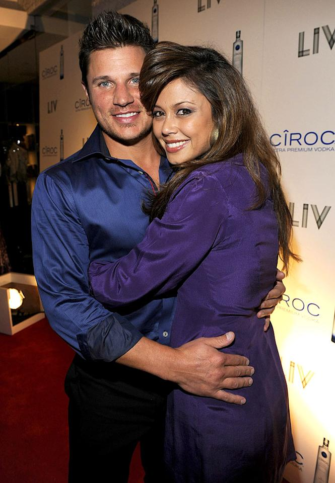 "Nick Lachey and Vanessa Minnillo cozied up on the red carpet. Kevin Mazur/<a href=""http://www.wireimage.com"" target=""new"">WireImage.com</a> - December 31, 2008"