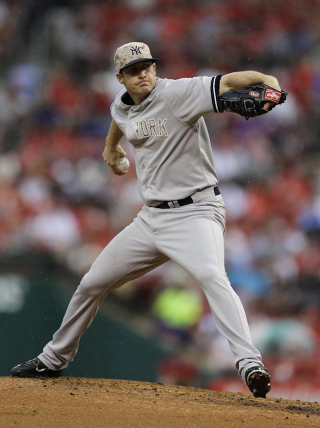 New York Yankees starting pitcher Chase Whitley throws during the first inning of a baseball game against the St. Louis Cardinals Monday, May 26, 2014, in St. Louis. (AP Photo/Jeff Roberson)