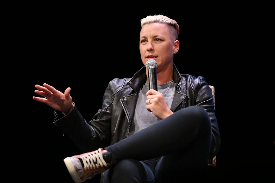 CHICAGO, ILLINOIS - NOVEMBER 12: Abby Wambach attends Hello Sunshine x Together Live at Auditorium Theatre of Roosevelt University on November 12, 2018 in Chicago, Illinois. (Photo by Robin Marchant/Getty Images for Hello Sunshine x Together Live Tour)