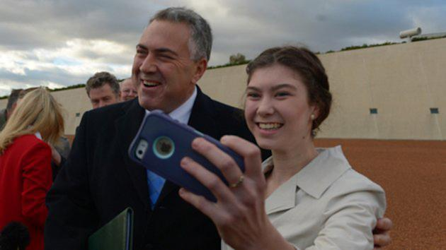 Treasurer Joe Hockey taking a selfie (Photo: AAP)