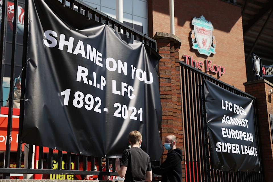 Soccer Football - Anti Super League banners and Liverpool fans are seen outside Anfield as twelve of Europe's top football clubs launch a breakaway Super League - Liverpool, Britain - April 19, 2021  REUTERS/Carl Recine (Photo: CARL RECINE via REUTERS)