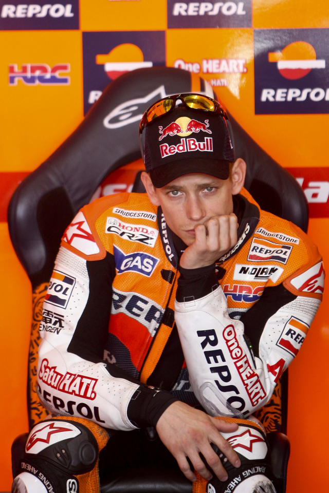 Moto GP Australian rider Casey Stoner sits in the pit on May 5, 2012 during a Portugal MotoGP qualifying practice in Estoril. AFP PHOTO / PATRICIA DE MELO MOREIRAPATRICIA DE MELO MOREIRA/AFP/GettyImages