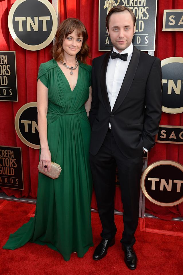 LOS ANGELES, CA - JANUARY 27:  Actors Alexis Bledel and Vincent Kartheiser arrive at the 19th Annual Screen Actors Guild Awards held at The Shrine Auditorium on January 27, 2013 in Los Angeles, California.  (Photo by Kevork Djansezian/Getty Images)
