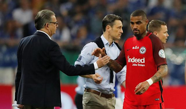 Soccer Football - DFB Cup - Schalke 04 vs Eintracht Frankfurt - Veltins-Arena, Gelsenkirchen, Germany - April 18, 2018 Eintracht Frankfurt's Kevin-Prince Boateng is substituted after sustaining an injury REUTERS/Wolfgang Rattay DFB RULES PROHIBIT USE IN MMS SERVICES VIA HANDHELD DEVICES UNTIL TWO HOURS AFTER A MATCH AND ANY USAGE ON INTERNET OR ONLINE MEDIA SIMULATING VIDEO FOOTAGE DURING THE MATCH.