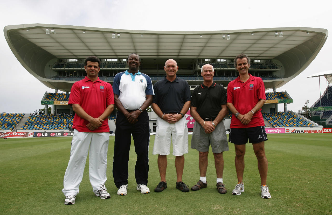 BRIDGETOWN, BARBADOS - APRIL 27: (L-R) Umpires Aleem Dar and Steve Bucknor pose with match referee Jeff Crowe, third umpire Rudi Koertzen and fourth umpire Brent Bowden ahead of the ICC Cricket World Cup Final at the Kensington Oval on April 27, 2007 in Bridgetown, Barbados.  (Photo by Hamish Blair/Getty Images)