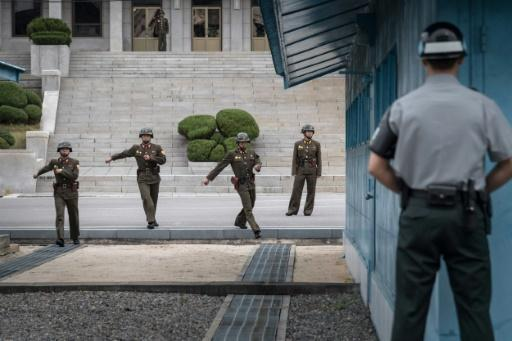 <p>South Korea proposes high-level talks with North</p>