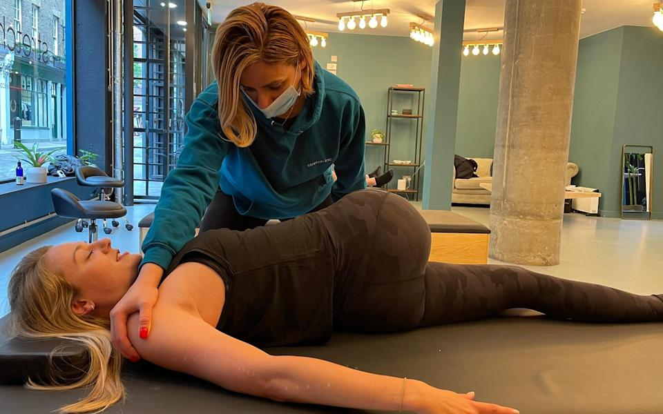 Alice Barraclough tried a 25-minute assisted stretch at Stretch Inc