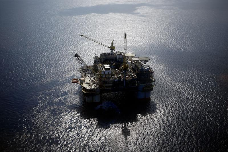 Mexico's Hedging Program Shields Country from Crude Price Rout