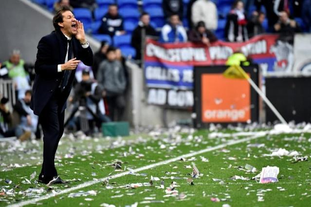Neither coach Rudi Garcia nor the Lyon fans were satisfied with a draw against Strasbourg (AFP Photo/JEAN-PHILIPPE KSIAZEK)
