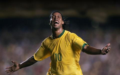 WSC, Ronaldinho to Launch Soccer Business Combining the Digital and Real World