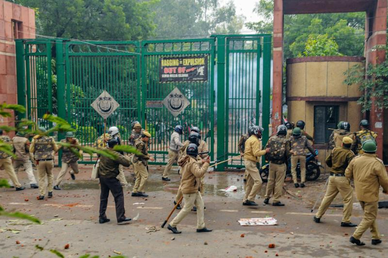 After Footage from Jamia Library, New Video Shows Stones Hurled at Delhi Police from Inside Campus