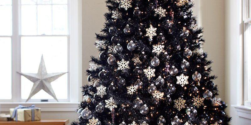 Black Christmas Trees Are The Perfect Holiday Trend For Anyone With
