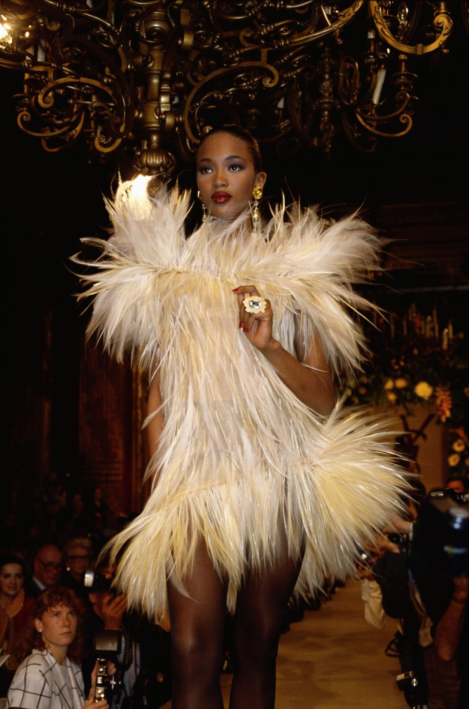 <p>It was the '80s, it was over-the-top, and Naomi Campbell walking in an Yves Saint Laurent show was the epitome of glamour. </p>