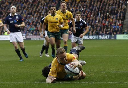 Britain Rugby Union - Scotland v Australia - Murrayfield, Edinburgh, Scotland - 12/11/16 Reece Hodge of Australia scores their first try Action Images via Reuters / Lee Smith Livepic
