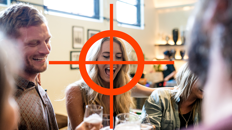 The dumb restaurant mistake that's making you a thief's target