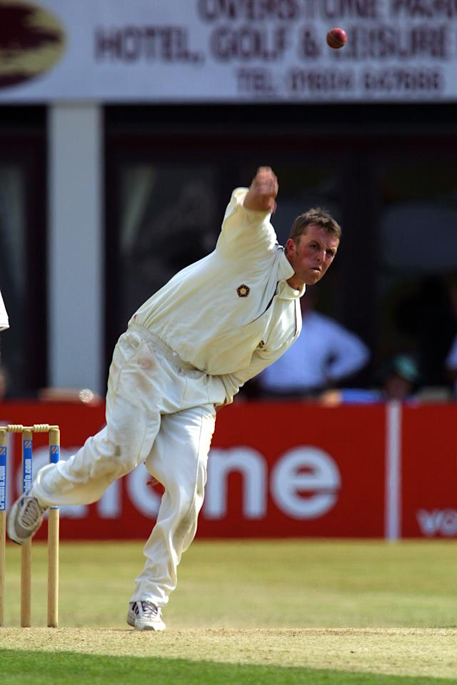 4 Jul 2001:  Northamptonshire's Greame Swann in action during a Cricinfo County Championship Division One match played between Northamptonshire and Yorkshire at the County Ground Northampton England.  DIGITAL IMAGEMandatory Credit: Pete Norton / Allsport