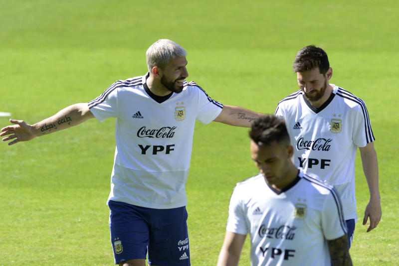 It would be 'crazy' to see Argentina out of Copa - Messi