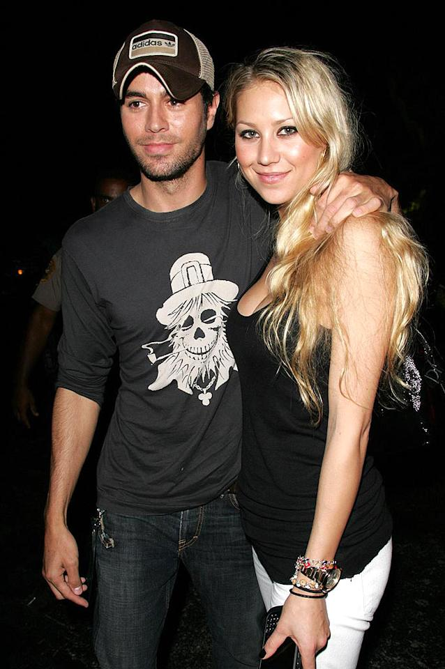 """Enrique Iglesias and Anna Kournikova attend the Williams sisters' semi-final tennis match at the Sony Ericsson Open in Florida. Juan Soliz/<a href=""""http://www.pacificcoastnews.com/"""" target=""""new"""">PacificCoastNews.com</a> - April 2, 2009"""