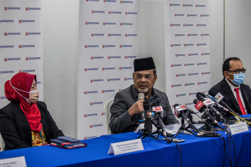 Umno supreme council member Datuk Seri Tajuddin Abdul Rahman said the resignation is merely the tip of the iceberg, with likely more to follow. — Picture by Firdaus Latif