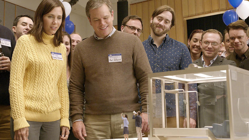 Kristen Wiig and Matt Damon in Alexander Payne's satirical drama 'Downsizing'. (Credit: Paramount)