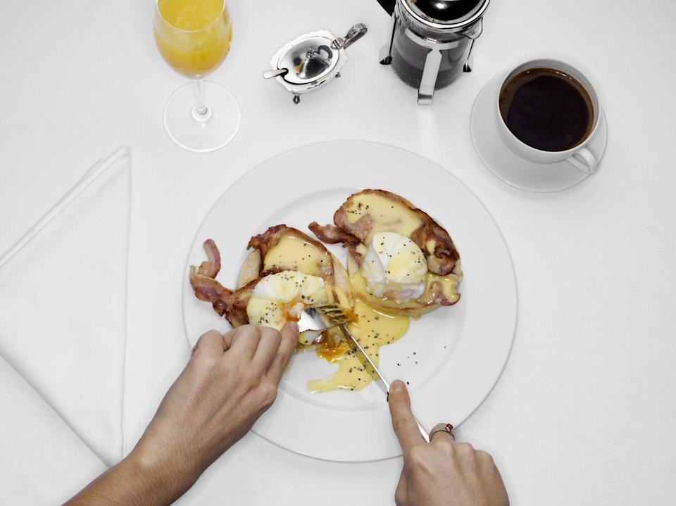 <p>This should seem obvious, but it needs repeating: Avoid eating a big meal too close to the start of your run. We have all heard about the importance of carb-loading for runners, but a big plate of eggs benedict—even though it's loaded with many necessary nutrients—is not going to feel so good sitting in your stomach. </p><p><strong>1. Nutrition timing </strong></p><p>It's important to time your nutrition for the best results. The digestive process slows down while we run and is unable to operate as usual because the normal blood flow to our gastro-intestinal (GI) system is diverted during exercise. (The diverted blood flow is redirected toward working muscles.) Therefore, if we eat a meal, especially a large one, food is not able to be digested normally, likely causing some sort of GI distress like cramping, side stitches, or worse.</p><p><strong>2. Consider fasted training</strong></p><p>If you are running first thing in the morning—for shorter runs—you may not even need to eat at all. Running on an empty stomach for runs less than an hour is pretty simple for most. However, if you are running later in the day, then it becomes increasingly important to watch your food intake. Allow at least one hour to pass after eating lunch or dinner before running (two hours may be better). Eating small meals or snacks throughout the day is one strategy to keep nutrition up and blood sugar levels stable.</p><p><strong>3.</strong> <strong>Keep your pre-run meals simple</strong></p><p>Keep your food choices simple when you know a run is ahead, like lean protein and moderate carbohydrate content. These foods tend to be best because they are easily digestible. Avoid fried or fatty foods and overly sugary foods. Too much fibre can also prove to be a problem. For longer weekend morning runs, get up earlier and allow about 30 to 60 minutes of digestion time before running. A small, easy-to-digest, pre-long run meal will help supply needed energy with a piece of toast with peanut but