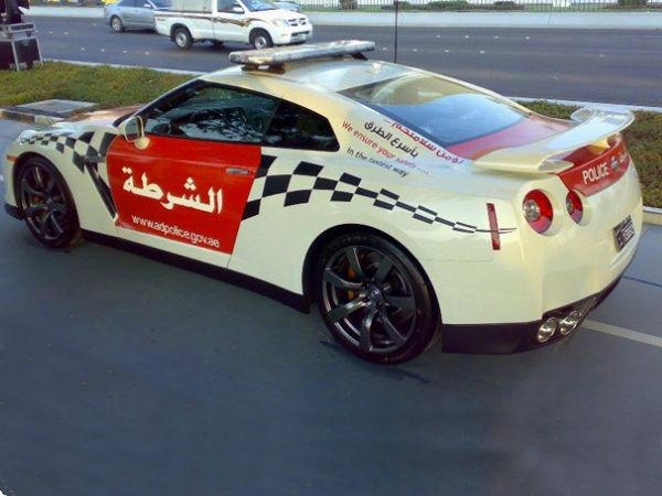 World's first Nissan GT-R police car entered service with Abu Dhabi Police. The car, painted in the colours of the UAE flag, is hardly modified apart from the addition of a siren system.  478bhp at 6400rpm, 434lb ft of torque at 3200 rpm and a 0-60mph time of 3.8sec!!!