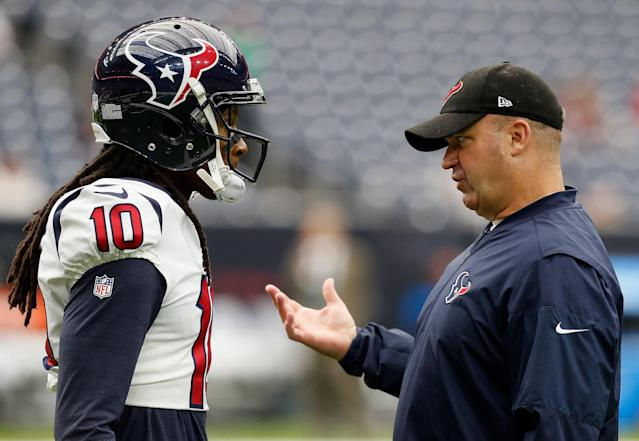 HOUSTON, TX - SEPTEMBER 10: DeAndre Hopkins #10 of the Houston Texans talks with head coach Bill O'Brien of the Houston Texans at NRG Stadium on September 10, 2017 in Houston, Texas. (Photo by Bob Levey/Getty Images)