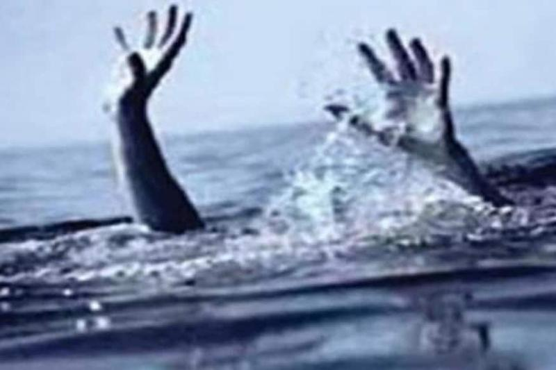 Selfie Obsession Leads to Death by Drowning of Five Men in Waterfall in Maharashtra's Palghar