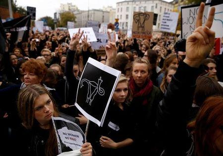 Poland's parliament withdraws proposed abortion ban