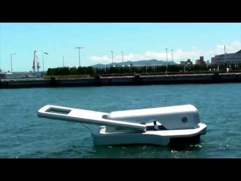 <p>Yasuhiro Suzuki<span>originally came up withthe Zipper Motorboat in 2004, but it didn't shove off until2010. Like many great and extremely weird things, it was art project and not a meant as a practical means of conveyance. No passengers were on this voyage as the vesselhadn't been tested for rollover risk. You can't exactly go skiing behind it, but maybe you can do some really slow-speed tubing. </span><span></span></p>