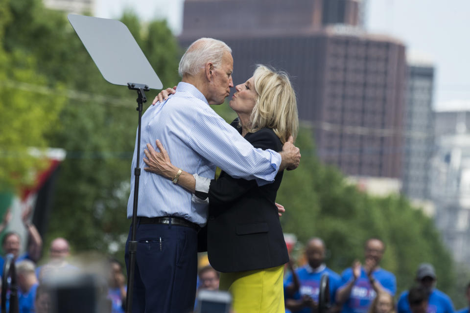 Then-presidential candidate Joe Biden and Jill Bide n kissed during a campaign rally in 2019. (Photo: Tom Williams/CQ Roll Call)
