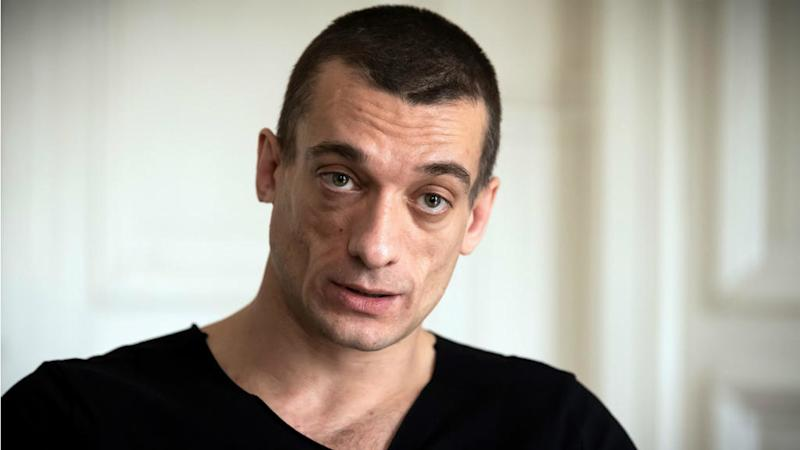 Russian artist defends sex tape leak that ended Paris mayoral bid