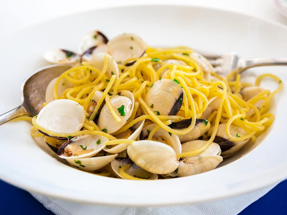 pasta with clams seafood