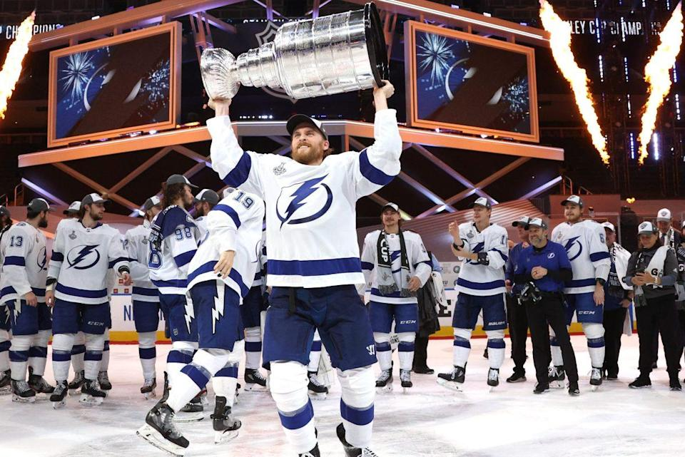 Tampa Bay Lightning Beat Dallas Stars to Win Stanley Cup