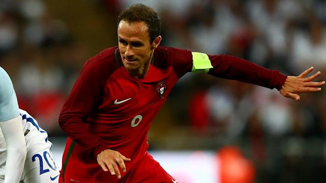 Shanghai SIPG defender Ricardo Carvalho has received a prison sentence in Spain after pleading guilty to tax crimes.