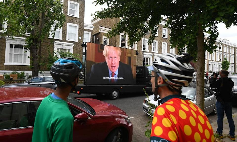A video by the campaign group Led By Donkeys shows the 'stay home' message of Boris Johnson outside the London home of Dominic Cummings.