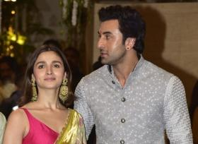 Menace of misunderstandings: Alia's horoscope is delaying her wedding with Ranbir, claims astrologer
