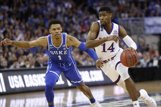 "Kansas' <a class=""link rapid-noclick-resp"" href=""/ncaab/players/131368/"" data-ylk=""slk:Malik Newman"">Malik Newman</a> plans to declare for the NBA draft after a Final Four run this season. (AP)"
