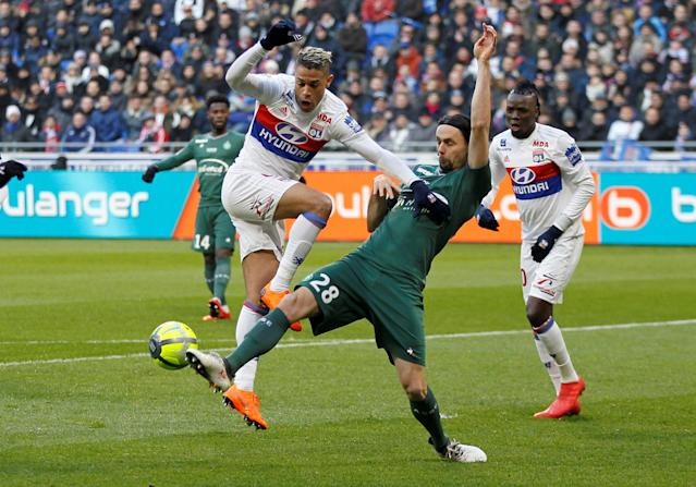 Soccer Football - Ligue 1 - Olympique Lyonnais vs Saint-Etienne - Groupama Stadium, Lyon, France - February 25, 2018 Lyon's Mariano in action with St Etienne's Neven Subotic REUTERS/Emmanuel Foudrot