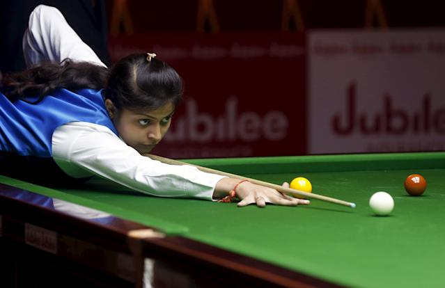 India's Amee Kamani plays a shot during her snooker match against Latvia's Tatjana Vasiljeva during the IBSF World 6 Red Snooker Championships in Karachi, Pakistan, August 8, 2015. REUTERS/Akhtar Soomro