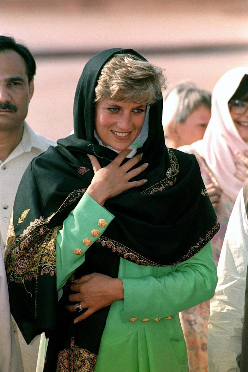 The Princess of Wales during her visit to the Badshahi Mosque in 1991