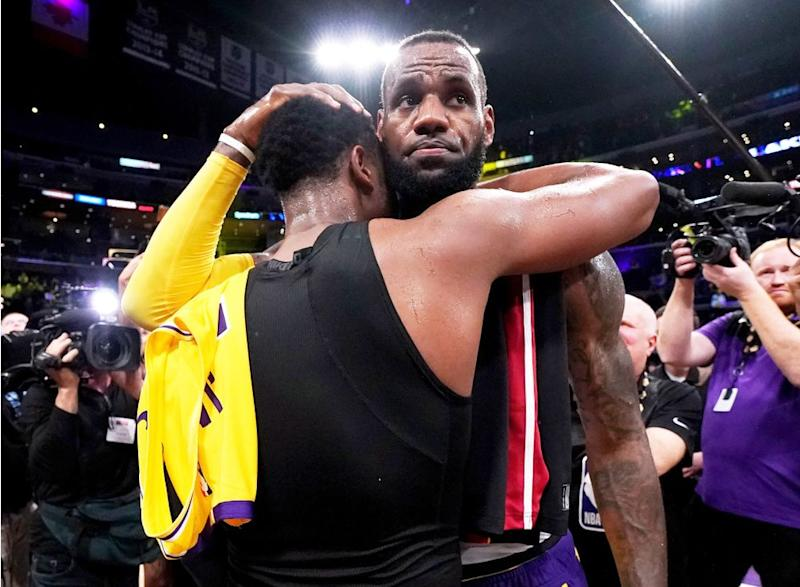 2f9262ba83bc LeBron James   Dwyane Wade Praise Each Other After Facing Off for ...