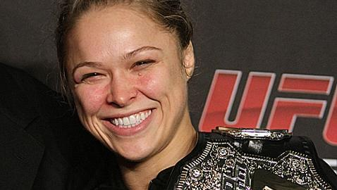 Ronda Rousey Gives Knee Injury Update, Says She Wants to Fight on UFC New Year's Card