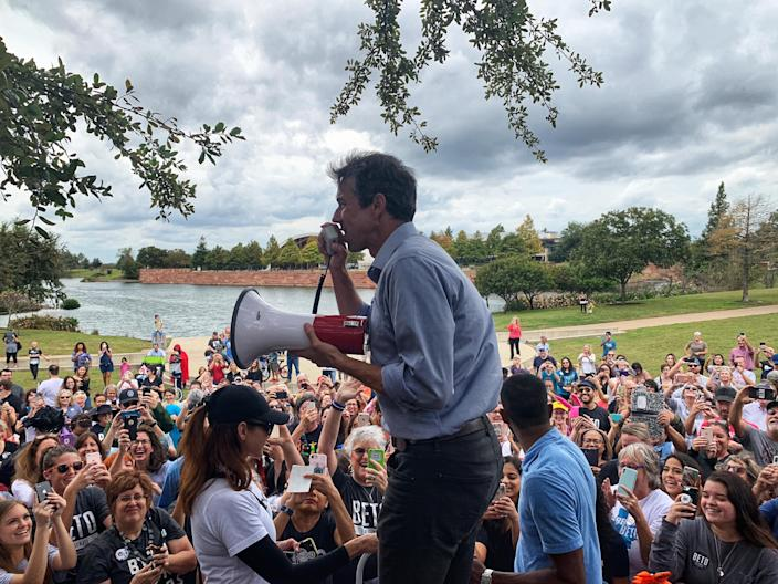 Beto O'Rourke campaigns in Austin. (Photo: Holly Bailey/Yahoo News)