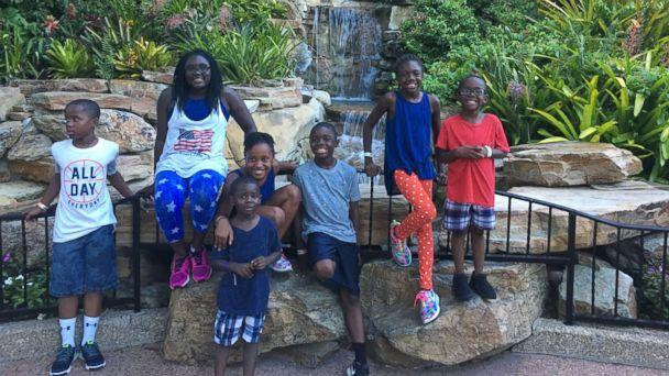PHOTO: DaShoan and Sofia Olds of Florida, took seven siblings into their home after seeing their story on a local news channel. (The Olds Family)